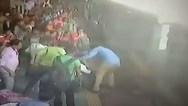 Έπεσαν από τρένο και σώθηκαν στο... παρά ένα (video)