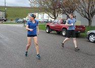 Retro running: Η άσκηση που βοηθά να κάψεις τις εξαπλάσιες θερμίδες (video)