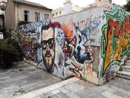 Η πλατεία των… graffiti στην Πάτρα (φωτο)