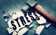 Ένα απλό πράγμα που μπορεί να σε βοηθήσει για να μειώσεις το άγχος