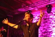 Ο Σωκράτης Μάλαμας μάγεψε το κοινό της Πάτρας με τα τραγούδια του (pics+video)