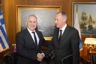 Συνάντηση Ευάγγελου Αποστολάκη με τον Πρέσβυ της Ρωσίας (φωτο)