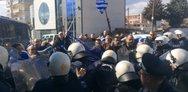 Οι αστυνομικοί της Κοζάνης στρέφονται κατά της κυβέρνησης για τα επεισόδια