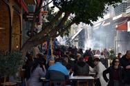 Η Πάτρα τσικνίζει με λιακάδα και... καρναβαλίζεται! - Βόλτα στο κέντρο (pics+video)