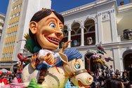 Άρεσαν τα καρναβαλικά άρματα στην παρέλαση των μικρών (pics)