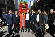Πάτρα: Ο Κινέζικος Δράκος επισκέφθηκε το Δημαρχείο (pics)