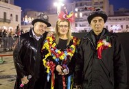 Η ΕΡΤ στο Καρναβάλι της Πάτρας και το τρίο των παρουσιαστών