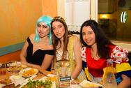 Καρναβαλικό κέφι στο Γλυκάνισο με ζωντανή μουσική! (φωτο)