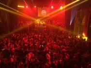 Ο 'Κόκκινος Χορός' της Πάτρας ήταν... παρτάρα! - Δείτε τις πρώτες εικόνες και πλάνα