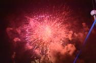 Η νύχτα στην Πάτρα έγινε μέρα από τα πυροτεχνήματα - Δείτε νέες εντυπωσιακές εικόνες