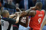 Έπεσε ξύλο στο NBA! (video)
