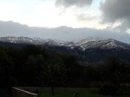 Η άνοιξη έφερε χιόνια στο Παναχαϊκό (φωτο)