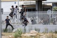 Πάτρα: Πάνω από 100 μετανάστες μπροστά από το νέο λιμάνι