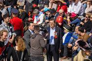 Κινέζοι και Άραβες με κάμερες και δημοσιογράφους στο Καρναβάλι της Πάτρας