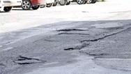 Περίπου χίλια αιτήματα για λακκούβες στους δρόμους κατατέθηκαν στο δήμο Ηρακλείου