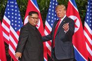 Ο Ντόναλντ Τραμπ ακύρωσε πρόσθετες κυρώσεις στη Βόρεια Κορέα