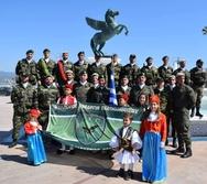 Ο Σύλλογος Εφέδρων Πελοποννήσου παρέλασε στην Κόρινθο (φωτο)