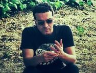 Ο Πατρινός μουσικός Vassilikos κυκλοφορεί το νέο του άλμπουμ 'Amazing Grey' (video)