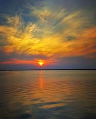 Όταν ο ήλιος 'βυθίζεται' στον Πατραϊκό (φωτο)