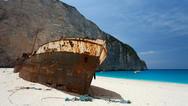 Ζάκυνθος: Αδιέξοδο με το άνοιγμα της παραλίας τoυ Ναυαγίου