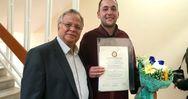 Πάτρα: Η αποφοίτηση του Αλέξανδρου από το Πανεπιστήμιο γέμισε με υπερηφάνεια την οικογένεια του 'Χαμόγελου'