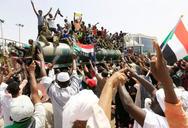 Σουδάν: Παραιτήθηκε ο υπουργός Άμυνας του πραξικοπήματος