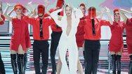 YFSF: Η Στικούδη 'άναψε φωτιές' ως Kylie Minogue (video)