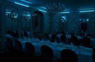 Τουλάχιστον 90 άτομα στο Dark Dinner της Πάτρας