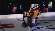Ένα ταξίδι 12 λεπτών στον κόσμο της ρομποτικής στην Πάτρα - Δείτε βίντεο