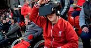 Τυφλός φίλος της Λίβερπουλ μπορεί να δει παιχνίδια με ειδικό κράνος