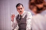 'Το Ευχαριστημένο' στο Δημοτικό Θέατρο Απόλλων