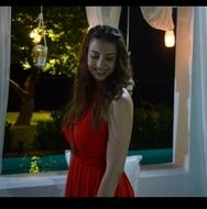 Φρειδερίκη Ντέκα - Η φοιτήτρια της ιατρικής στην Πάτρα που 'καρφώνει' με το χαμόγελό της! (pics)