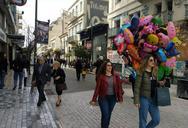 Η Μεγάλη Παρασκευή έσωσε κάπως την πασχαλινή περίοδο για τα μαγαζιά της Πάτρας