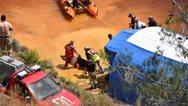 Serial killer στην Κύπρο: Επιχείρηση για να ανασύρουν τη δεύτερη βαλίτσα από την Κόκκινη Λίμνη (φωτο)