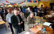 Βαθιά διαιρεμένη βγαίνει η Ισπανία από τις εκλογές