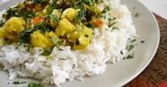 Ριζότο λαχανικών με ρύζι μπασμάτι και γάλα καρύδας