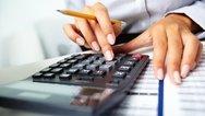 Φορολογικές δηλώσεις: Πόσοι θα πληρώσουν 535 ευρώ και πόσοι θα πάρουν πίσω 285 ευρώ