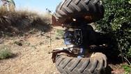 Αίγιο: Τραγωδία από ανατροπή τρακτέρ στην Αρραβωνίτσα