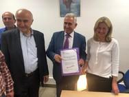 Καλάβρυτα: O Γιώργος Λαζουράς κατέθεσε το ψηφοδέλτιο του συνδυασμού του