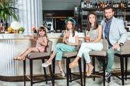 Ο Θάνος Πετρέλης φωτογραφίζεται με τις κόρες του! (φωτο)
