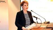 Όλγα Γεροβασίλη από Πάτρα: 'Η δημοκρατία δεν απειλείται, δεν εκβιάζεται και συνεχίζει'