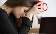 Η έλλειψη ύπνου μπορεί να απομακρύνει το πτυχίο
