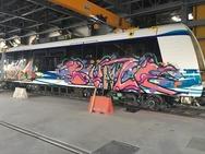 Ζωγράφισαν τα ολοκαίνουρια βαγόνια του μετρό Θεσσαλονίκης (φωτο)
