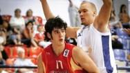 Φωτο - έπος: Όταν το «Βουνό» του Game of Thrones έπαιζε μπάσκετ στην Αμαλιάδα!