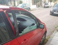 Πάτρα: Διαρρήκτες στα... τυφλά - Σπάνε αμάξια και μαγαζιά όταν κάτι τους 'γυαλίζει'