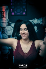Trash party - Η συνήθεια που έγινε... λατρεία! (φωτο)