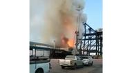 Ταϊλάνδη: Φωτιά σε πλοίο με χημικά (video)