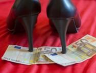 Δυτική Ελλάδα: 18χρονη έμπλεξε για τα καλά στα δίχτυα της πορνείας