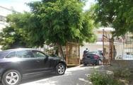 Πάτρα: Έγινε της... παράνομης στάθμευσης σε προαύλιο εκλογικού κέντρου!