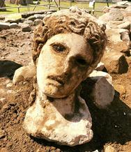 Βρήκαν αρχαία κεφαλή του Διονύσου στο κέντρο της Ρώμης (φωτο)